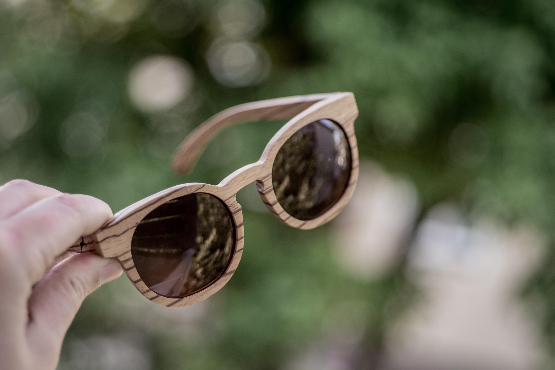 Brillen vom Zirbentischler